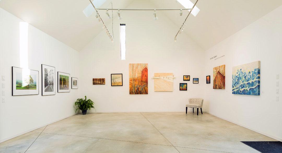 ANDARA Gallery - Andrew Csafordi - Photo © Daniel Vaughan (vaughangroup.ca)